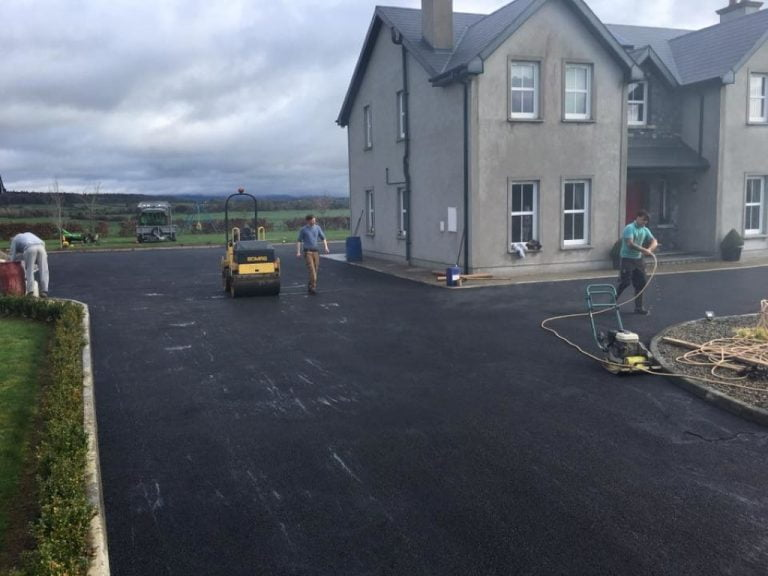 Tarmacadam Contractors Installing A Driveway in Cork