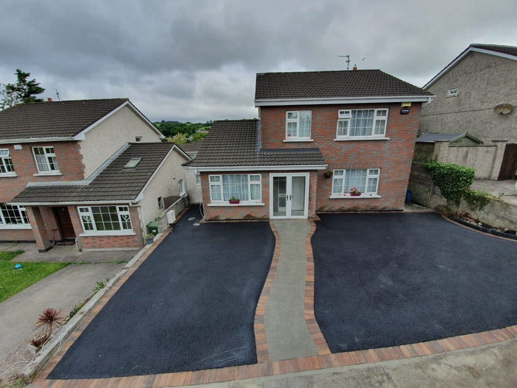 SMA Driveway with a Cobble Set Driveway in Glanmire Co. Cork 3