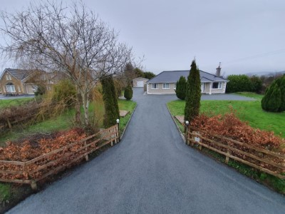 Tar and Chipping Driveways in Cork