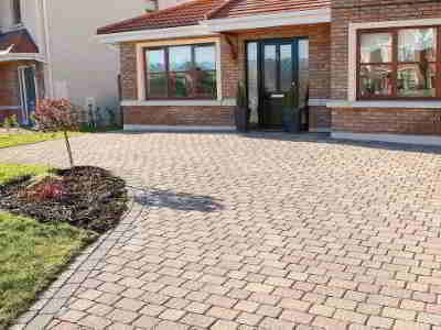 driveway with paving 2