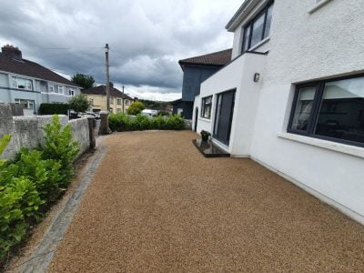 Gold tarred driveway in Bantry